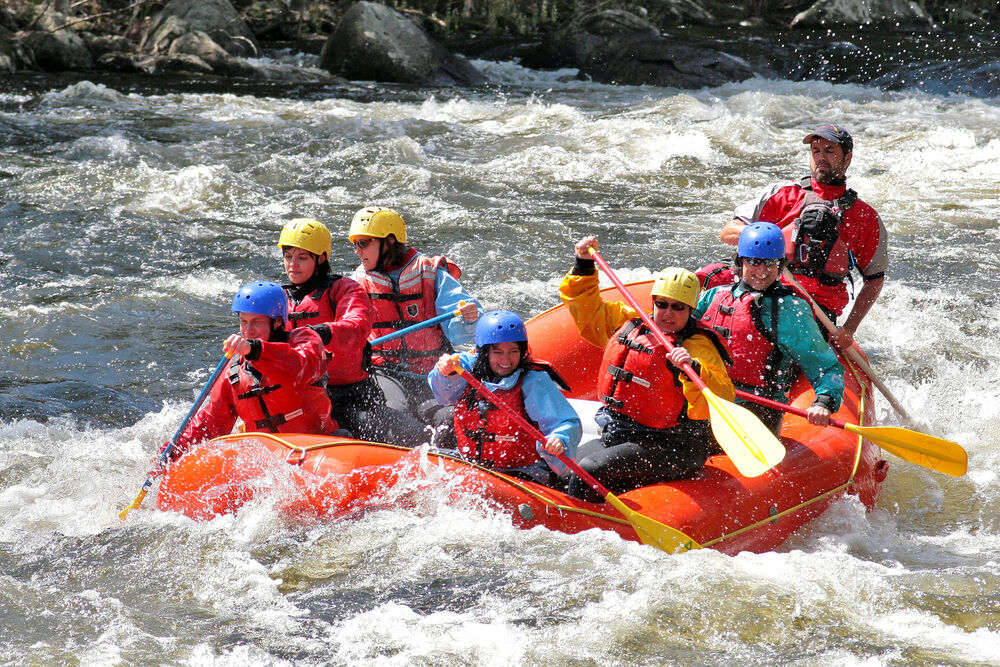 Raft the mighty Hudson River with an experienced guide.